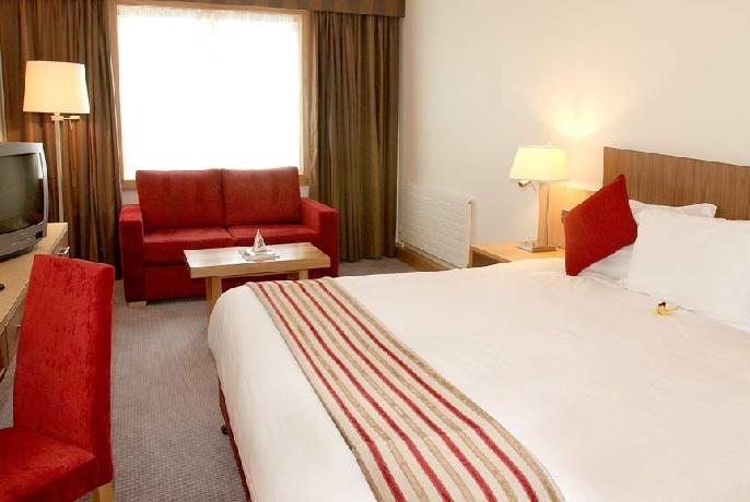 Clayton Hotel Guestroom