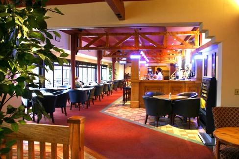 Mill Park Hotel Bar