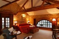 Cabra Castle Hotel Courtyard Guestroom