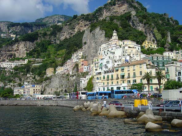 ساحل امالفي السياحي ساحل امالفي الايطالي amalfi coast