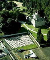Cawdor Castle and Gardens: Whisky Tour of Scotland