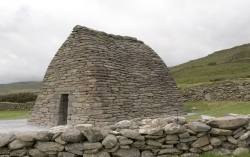 Gallarus Oratory, Dingle Peninsula, Dingle, Ireland